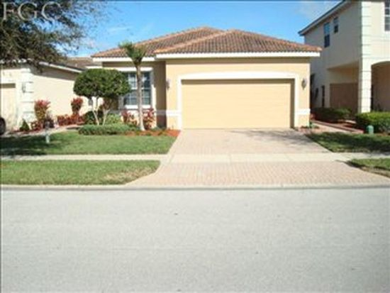 9050 Spring Mountain Way, Fort Myers, FL 33908