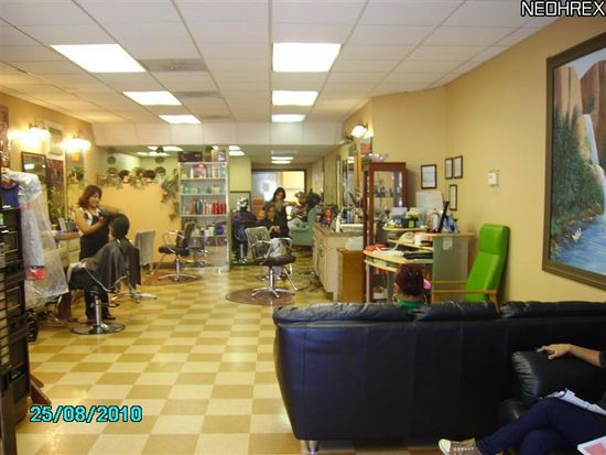 3250 Lorain Ave, Cleveland, OH 44113