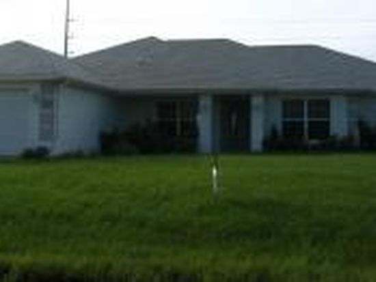 2208 NW 8th Ter, Cape Coral, FL 33993