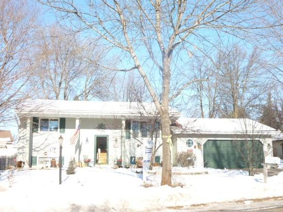 1316 E Wisconsin Ave, Little Chute, WI 54140
