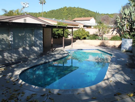 2965 Roseann Ave, Escondido, CA 92027