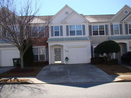 2991 Commonwealth Cir, Alpharetta, GA 30004