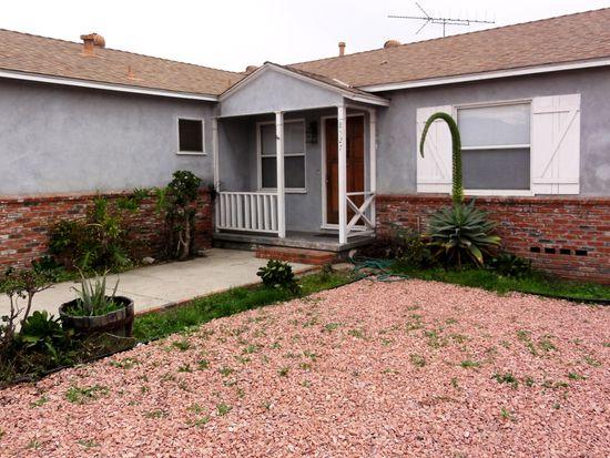 8527 Omelveny Ave, Sun Valley, CA 91352