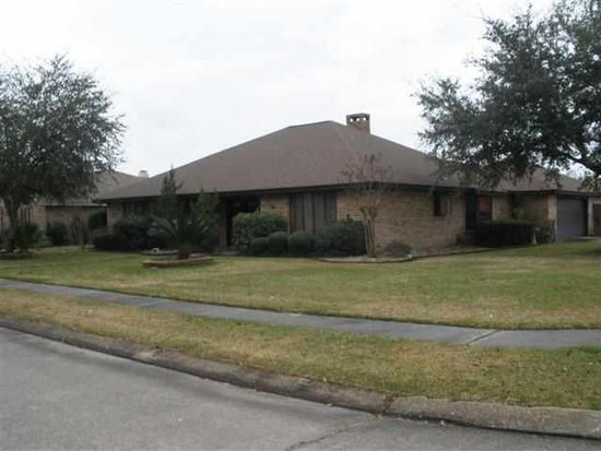 345 Nugent Dr, Port Neches, TX 77651