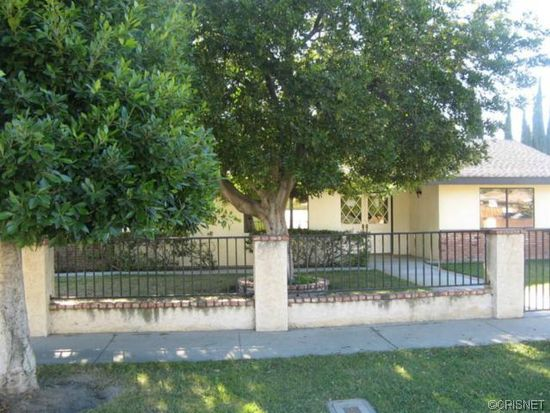9153 Oneida Ave, Sun Valley, CA 91352