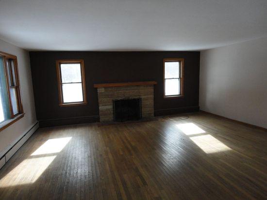 169 George Junior Rd, Grove City, PA 16127