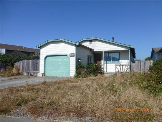 1865 Bird Ave, Mckinleyville, CA 95519