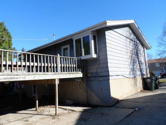908 Gates St, West Chicago, IL 60185