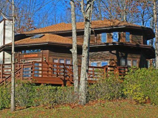 106 Whitesides Ct, Lake Lure, NC 28746