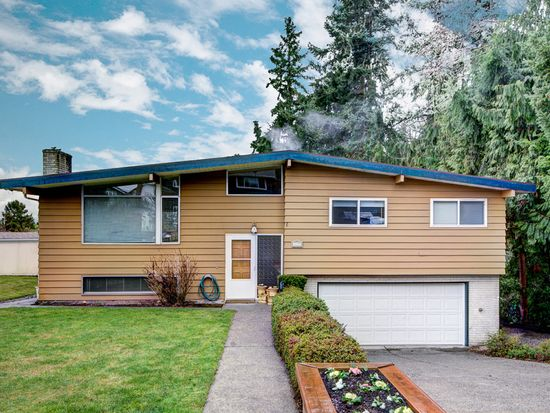 3415 SW 108th St, Seattle, WA 98146