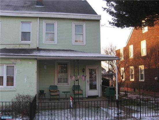 7823 Craig St, Philadelphia, PA 19136