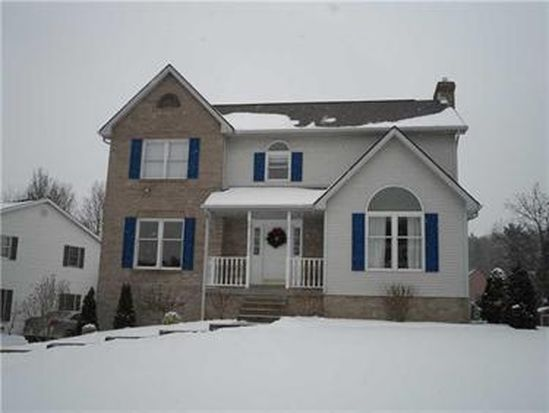274 Alleyne Dr, Cranberry Twp, PA 16066