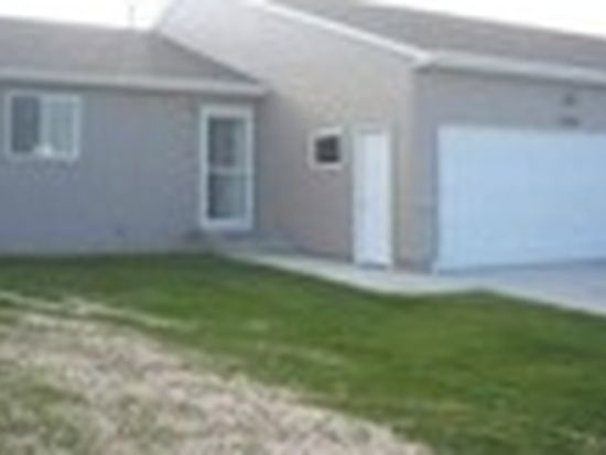2220 14th St NW, Minot, ND 58703