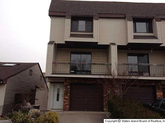 171 Russek Dr, Staten Island, NY 10312