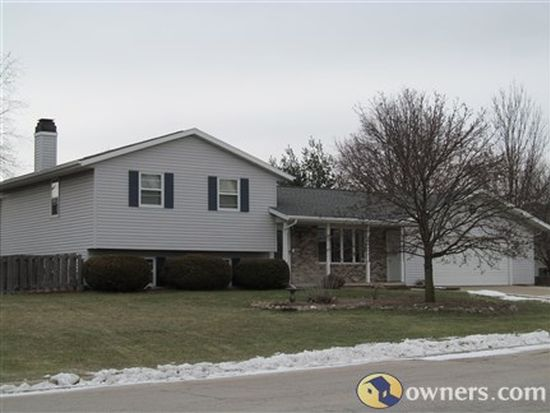 2321 Wood Gate Trl, Green Bay, WI 54311
