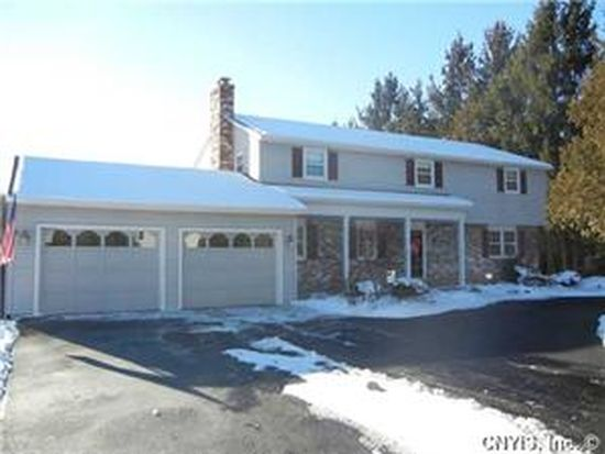 101 Cedar Heights Dr, Fayetteville, NY 13066