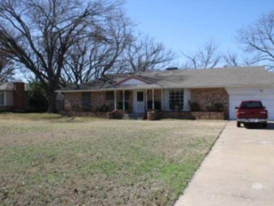 841 Hilltop Cir, Desoto, TX 75115