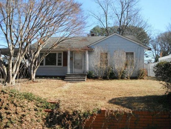 414 N 4th St, Smithfield, NC 27577