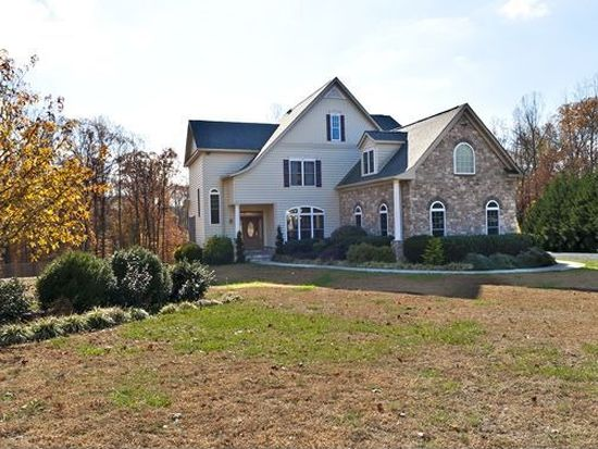 2206 Hidden Retreat Trl, Huntingtown, MD 20639