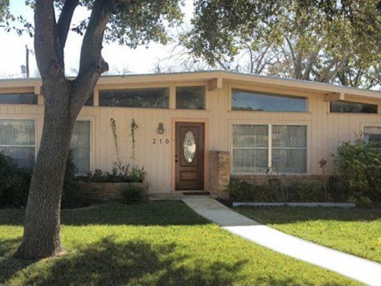 210 Pinewood Ln, San Antonio, TX 78216