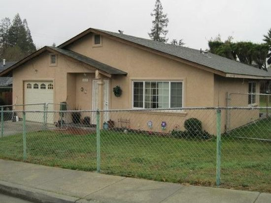 384 Dutchman Rd, Watsonville, CA 95076
