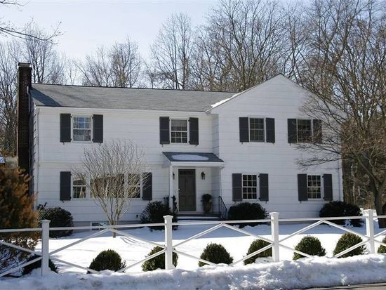 8 Rural Dr, New Canaan, CT 06840