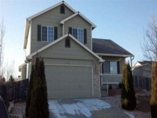 1404 Crestwood Cir, Longmont, CO 80504