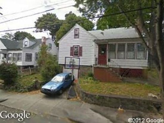 19 Galty Ave, Dorchester Center, MA 02124