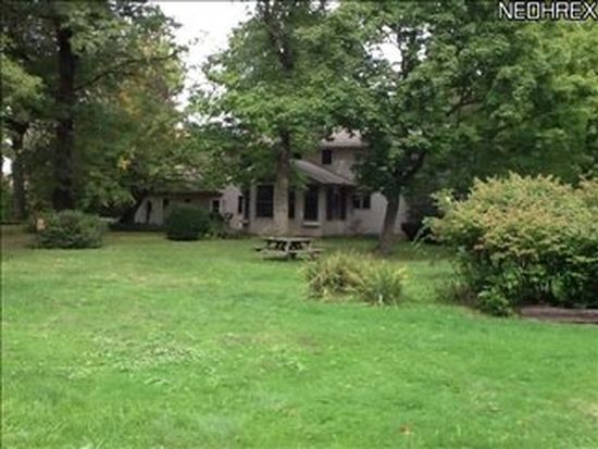 438 Akron Rd, Wadsworth, OH 44281