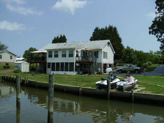 1332 Glebe Harbor Dr, Montross, VA 22520
