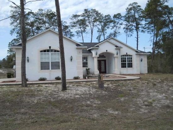 10045 Bluebird Ave, Weeki Wachee, FL 34613