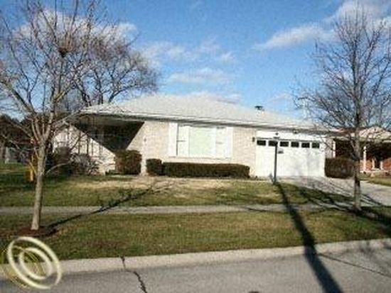 26952 Kingswood Dr, Dearborn Heights, MI 48127