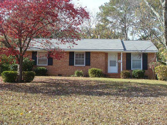 5127 Hewitt Dr, Fayetteville, NC 28311