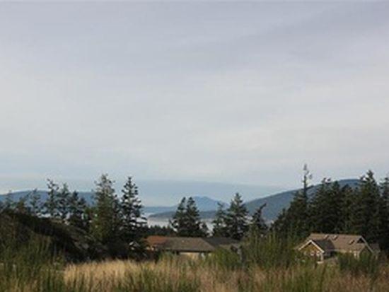 3905 Rockridge Pkwy, Anacortes, WA 98221
