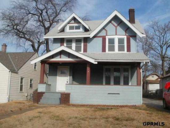 2558 Whitmore St, Omaha, NE 68112