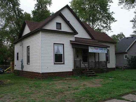 223 S 7th St, West Terre Haute, IN 47885