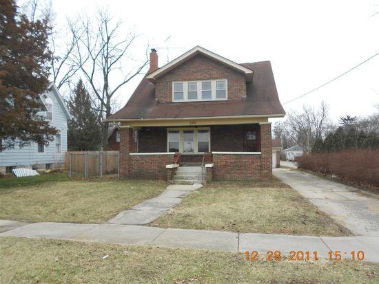 520 Grove St, Dekalb, IL 60115