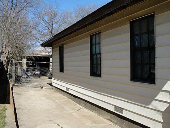 1138 College St, Grand Prairie, TX 75050