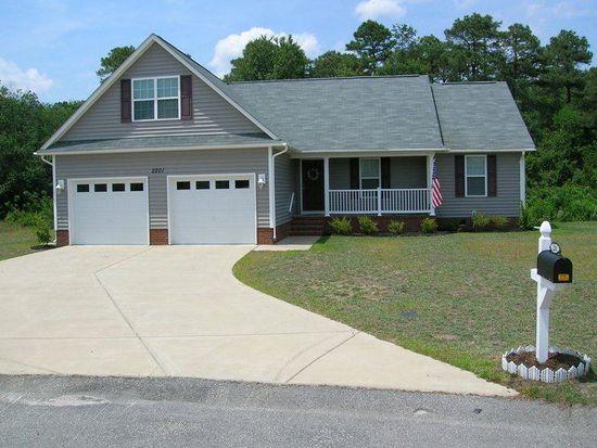 2201 Stornoway Ct, Fayetteville, NC 28306
