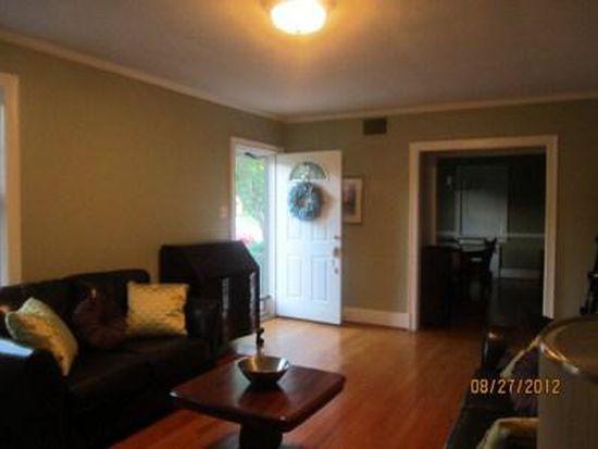905 4th Avenue Ext, Farmville, VA 23901