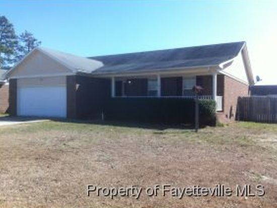 617 Connors Cv, Hope Mills, NC 28348