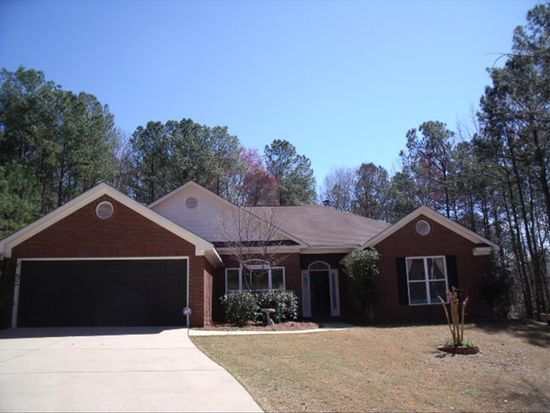 100 N Windsong Ct, Cataula, GA 31804
