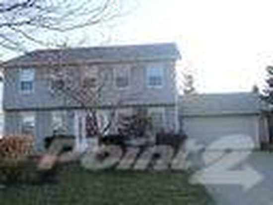 120 Pipers Dr, Bartlett, IL 60103