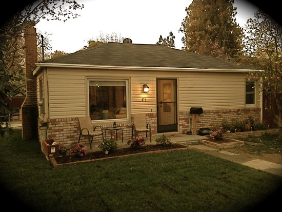 571 Maple Ave, Campbell, CA 95008