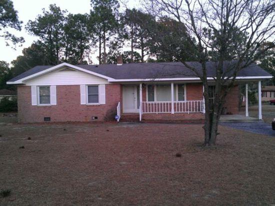3021 Bryant Cir, Hope Mills, NC 28348