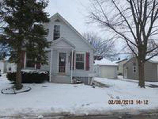 472 Stark Ave, Sycamore, IL 60178