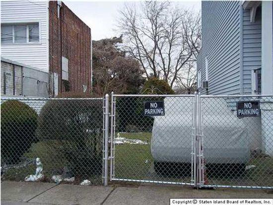 1245 Bay St, Staten Island, NY 10305