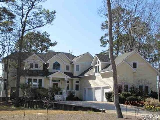 2056 Martins Point Rd, Kitty Hawk, NC 27949