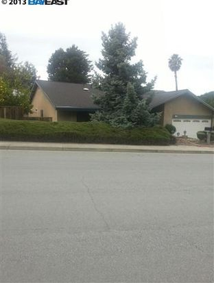 38749 Canyon Heights Dr, Fremont, CA 94536