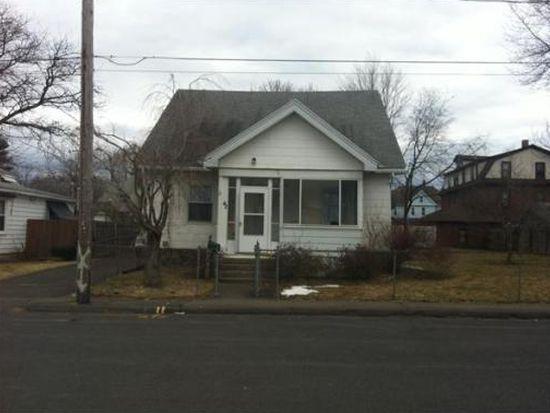 42 Arnodale Ave, Holyoke, MA 01040